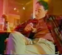 """Propaganda do homem que conversa com o seu """"Bráulio"""" - Uso da Camisinha - Ministério da Saúde, Brasil. 1996."""