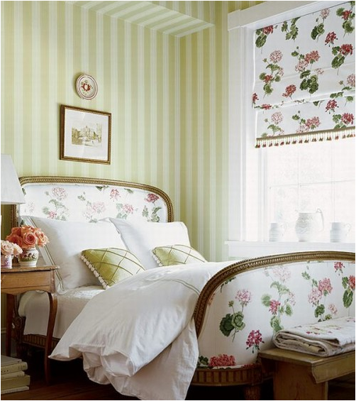 French country bedroom design ideas room design inspirations for Floral bedroom decor