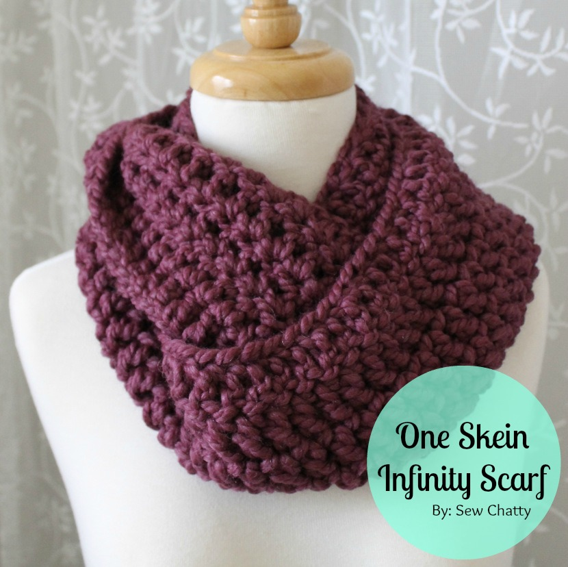 Super Easy Crochet Infinity Scarf myideasbedroom.com