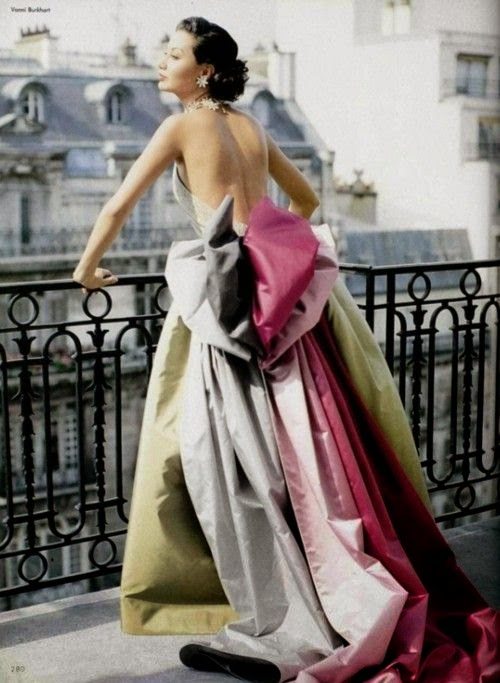 vintage 1950s dress in Paris