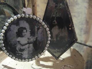 Hand mirrored ornaments with vintage image