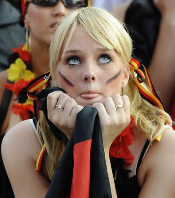 Hottest german girls at euro 2012 damn cool pictures wednesday august 15 2012 voltagebd Image collections