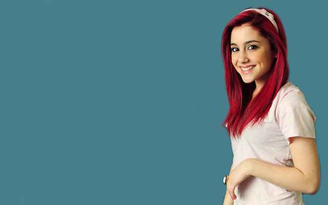 Ariana Grande Wallpapers