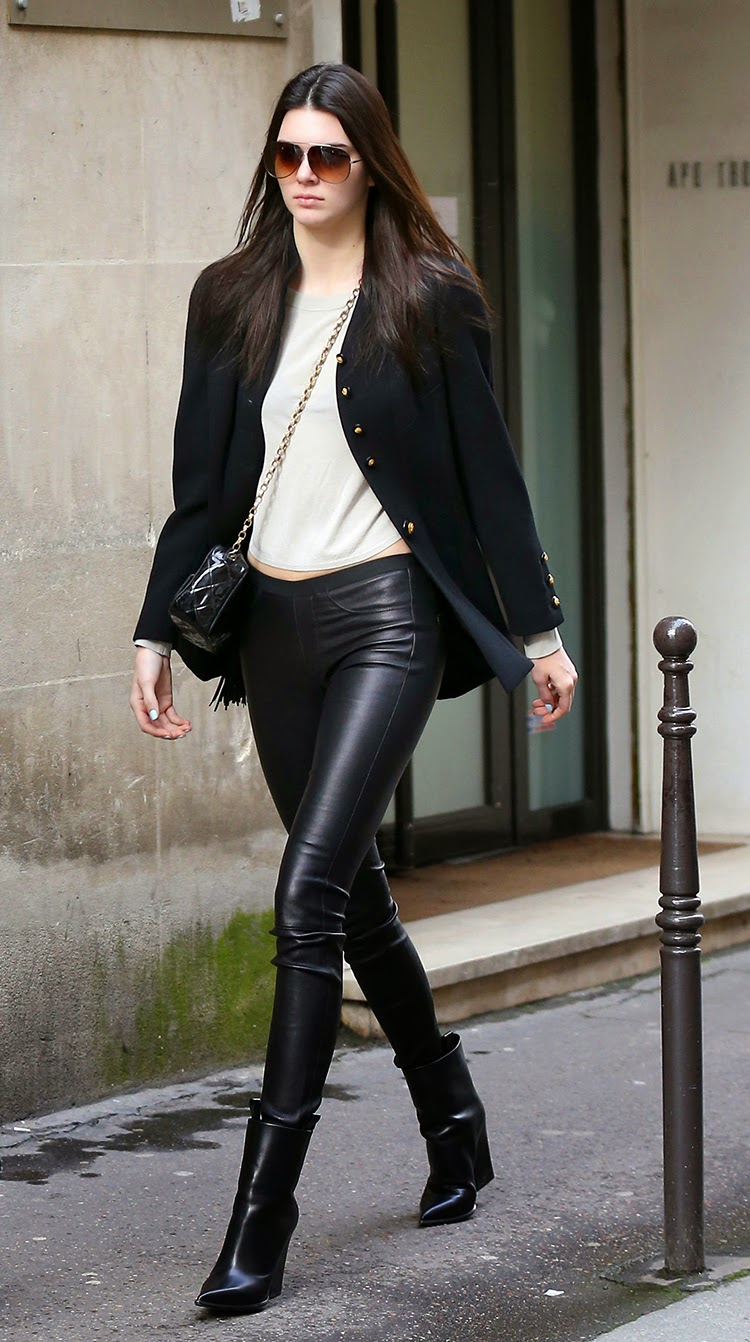 Kendall Jenner Looking Pretty Bloody In Skin-Tight Leather Trousers