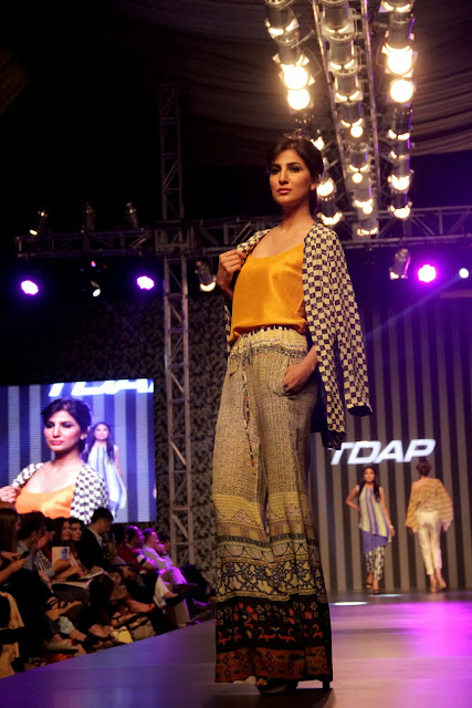 Pakistan Fashion designer Sania Maskatiya's Hazan collection