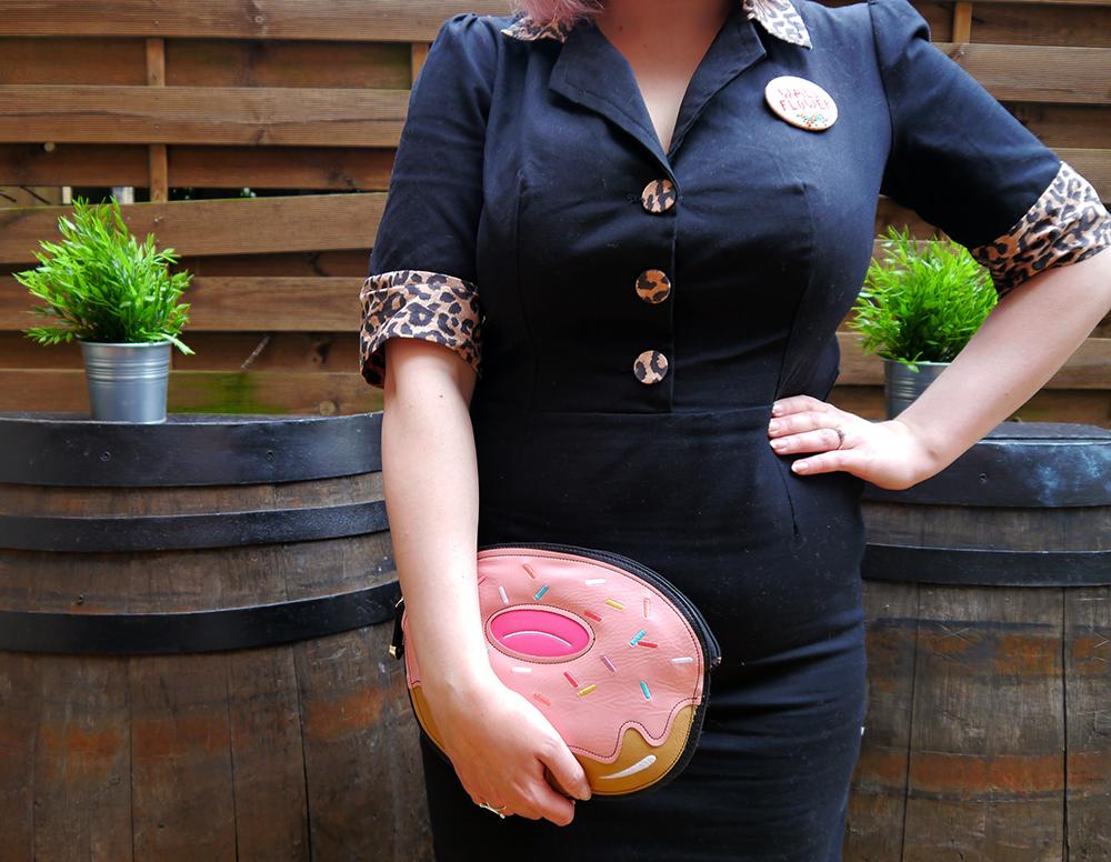 Tara Starlet, leopard print, pink hair, Cilla Black style, doughnut, novelty handbag, big bangs, retro style, Scotstreetstyle, Metropolitan Fashion Show