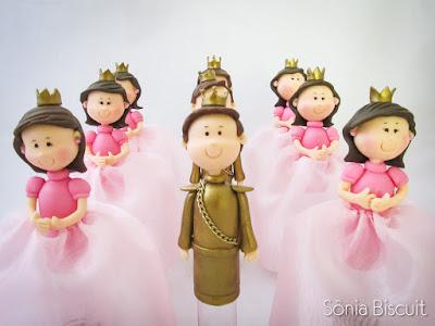 Princesas Biscuit Lembrancinha Coroa Príncipe Sapo Coroa