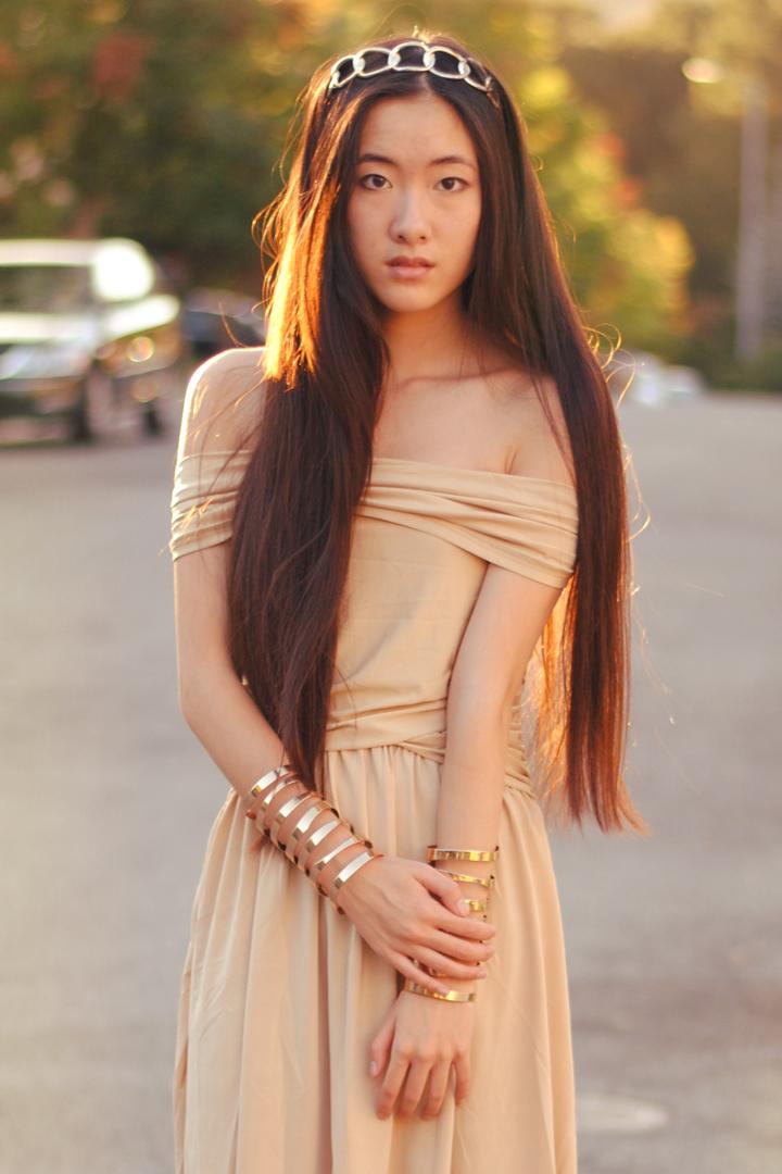 Lavish styles model naked