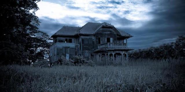 rumah tua dan angker