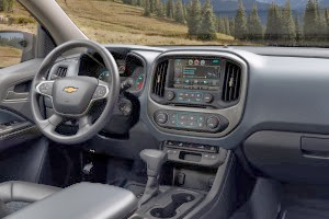 2015-Chevrolet-Colorado-interior