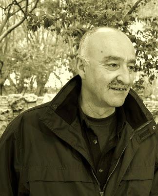 Συνέντευξη με τον τραγουδοποιό και ζωγράφο Βασίλη Νικολαΐδη