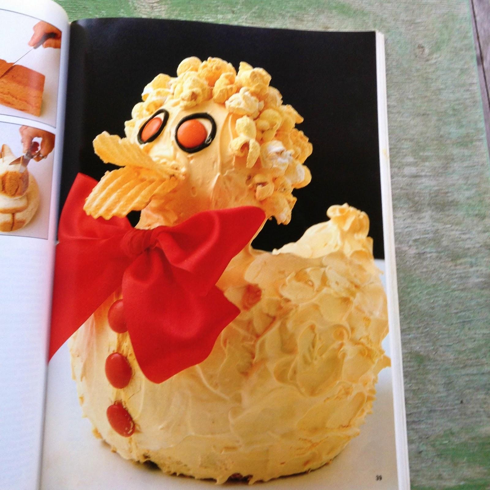 Womens Weekly Childrens Birthday Cake Book Yellow Dandy - Womens weekly childrens birthday cake cookbook