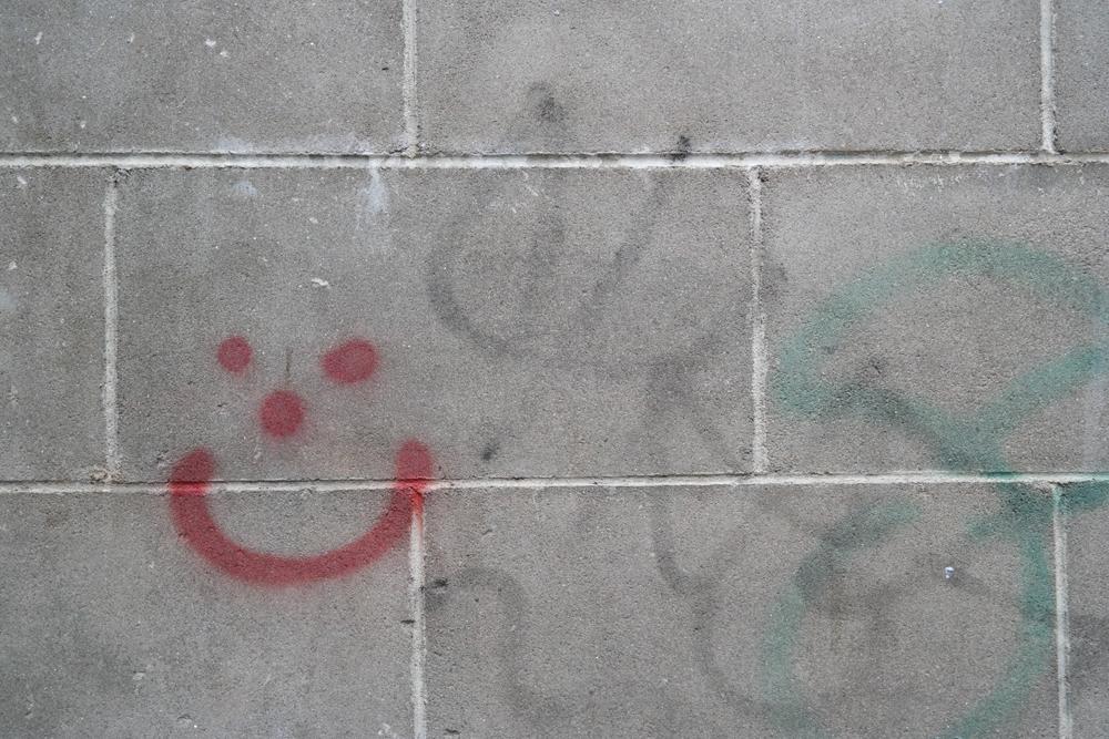 Smiley graffiti