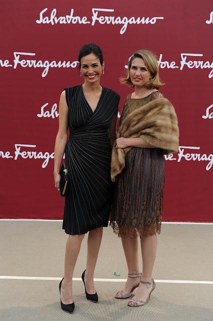 Inés Sastre y Blanca Suárez en la presentación de la Colección Resort 2013 de Salvatore Ferragamo en el Louvre