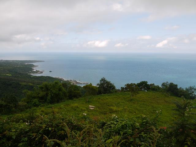 都蘭山上往北遠眺都蘭海岸。