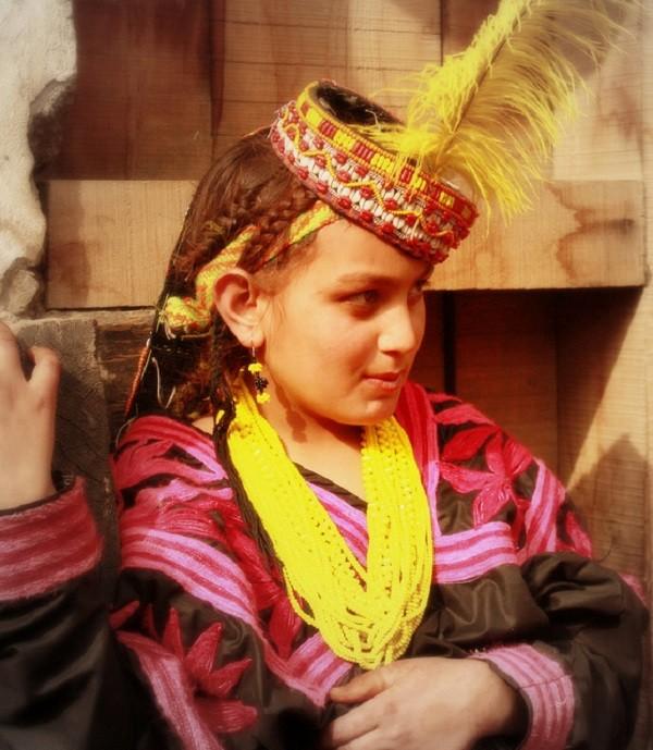 bộ tộc người đẹp như Tây ở châu Á 11