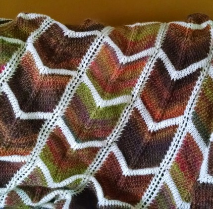 Bordered Chevron Blanket - Free Pattern