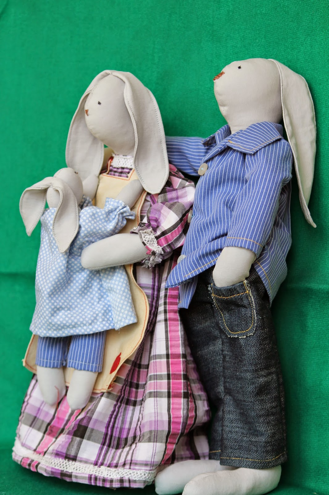 семья, зайцы, кролики, текстильная игрушка