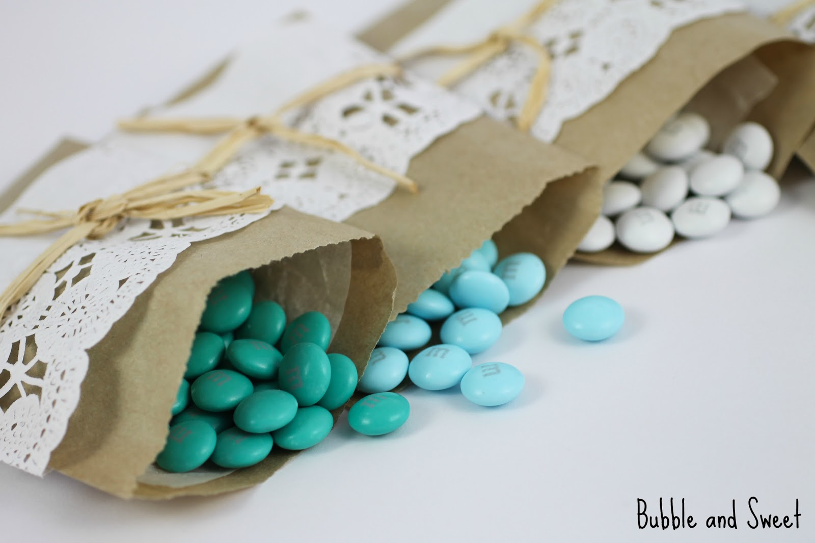 Bubble And Sweet Diy Mini Brown Paper And Doily Snack Bags