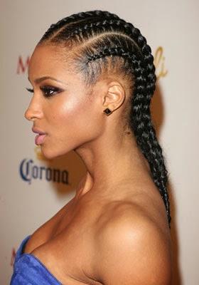 Idée de coiffure afroles grosses tresses collées de Ciara sont à la fois tendances et classes.Elles dégagent parfaitement le visage et peuvent se porter