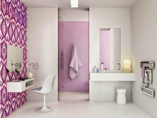 Imagenes Baños Femeninos:Para lograr un baño femenino se puede utilizar papel tapiz de diseño