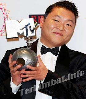 Peraih Penghargaan MTV EMA 2012