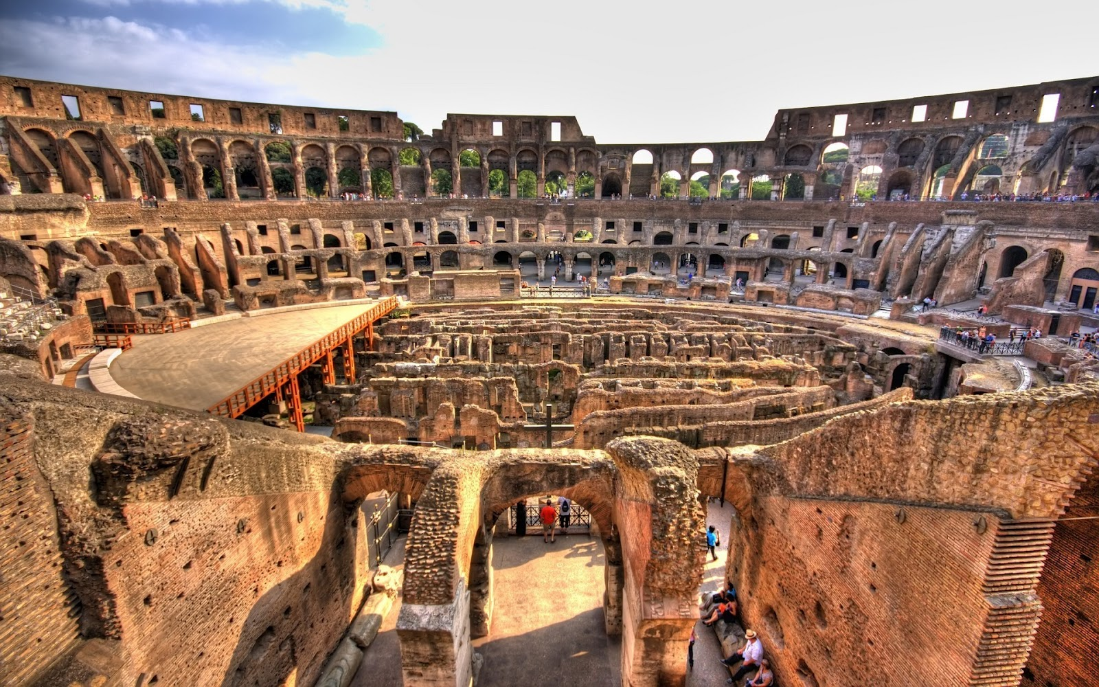 ancient rome the roman colosseum The tickets to the colosseum were free but everyone had to have a ticket or  r laurence, roman passions: a history of pleasure in rome.
