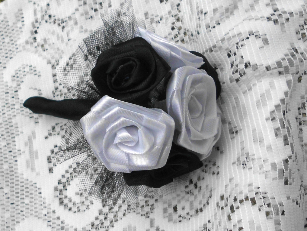 Flower Bouquet Black And White Black And White Rose Bouquet Fabric Flowers Handmade
