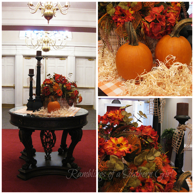 Flower Arrangements For Church Sanctuary: Ramblings Of A Southern Girl: A Simple Fall Tabletop Vignette