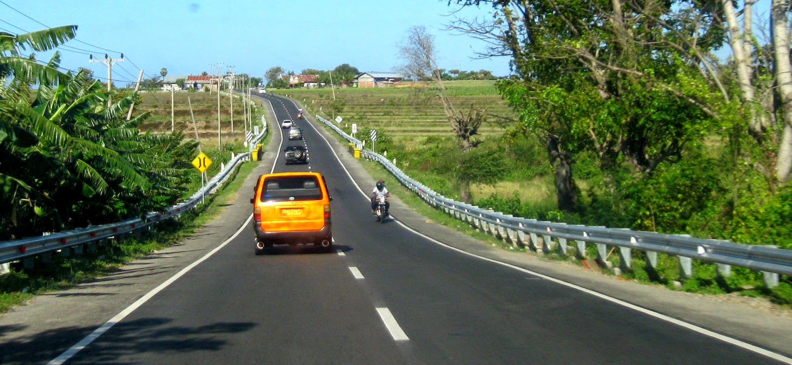 Jalan Utama Selatan Sulsel Semulus Tol