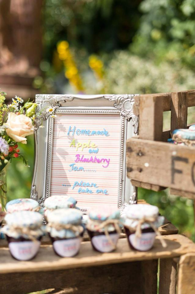 DIY Wedding- Favours