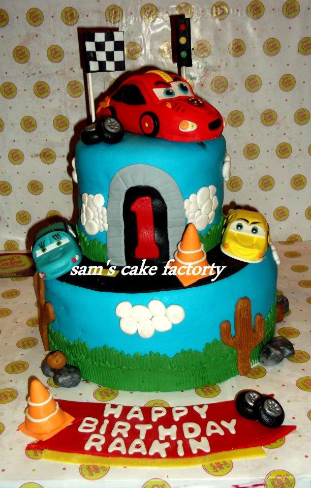 Designer Cakes In Karachi