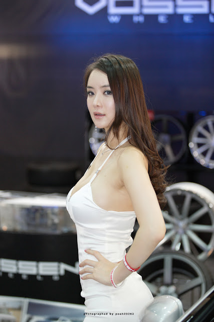 3 Im Ji Hye - Seoul Auto Salon 2012-Very cute asian girl - girlcute4u.blogspot.com