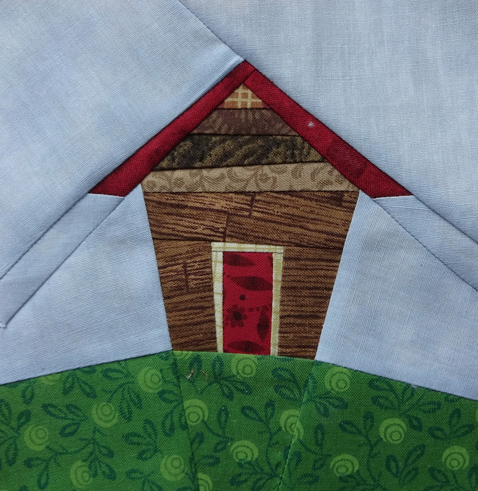 Handicrafty Sisters: Kathy s Wonky Paper-pieced House