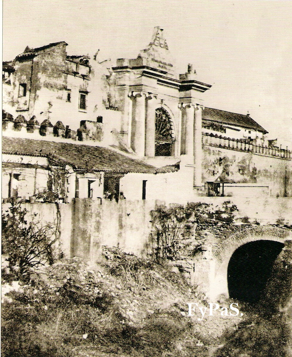 Fotos y postales antiguas de sevilla puertas de sevilla for Puerta 3 circuito jerez