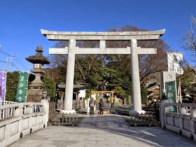 藤沢・白旗神社