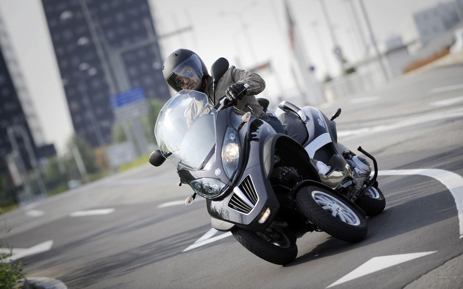 motorr der mit wie viel ccm darf man mit dem autof hrerschein fahren motorrad. Black Bedroom Furniture Sets. Home Design Ideas