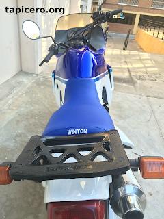 bordado en asiento de moto