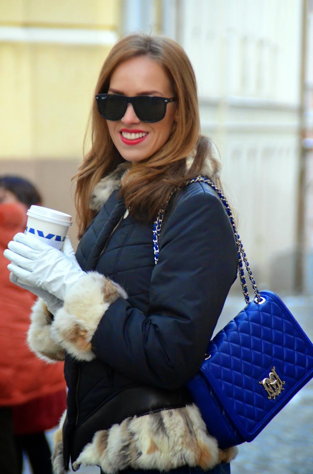 ray-ban-sunglasses-blue-moschino-bag-fur-coat kristjaana mere