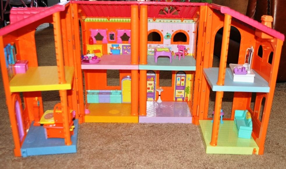 Craigslist Posts Dora Talking Doll House 29 Sold