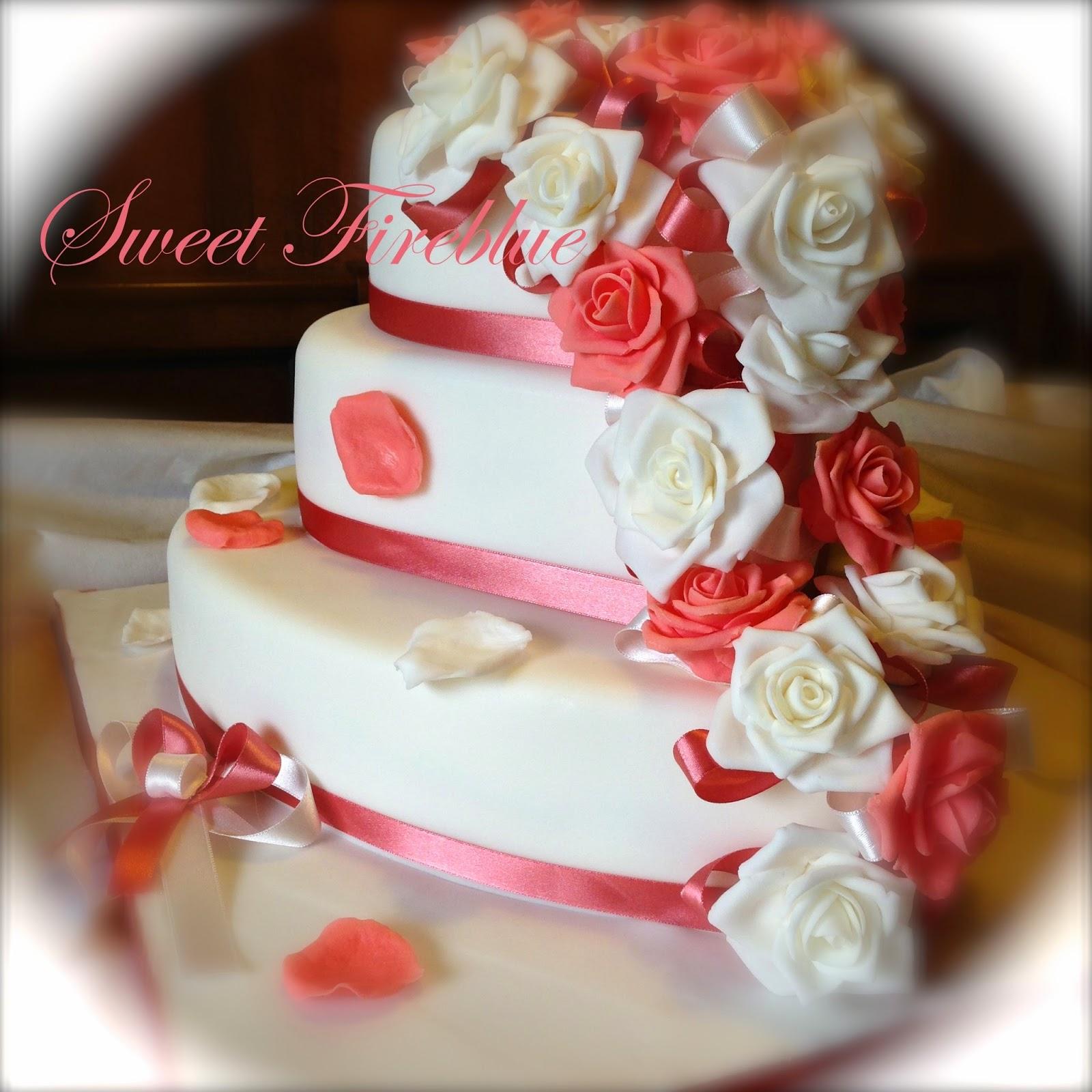 Sweet fireblue torta cuore e rose un matrimonio in rosa for 30x30 piani di piani a 2 piani