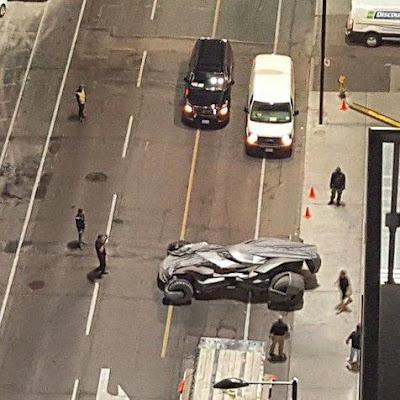 BatMobil in location filming SUICIDE SQUAD