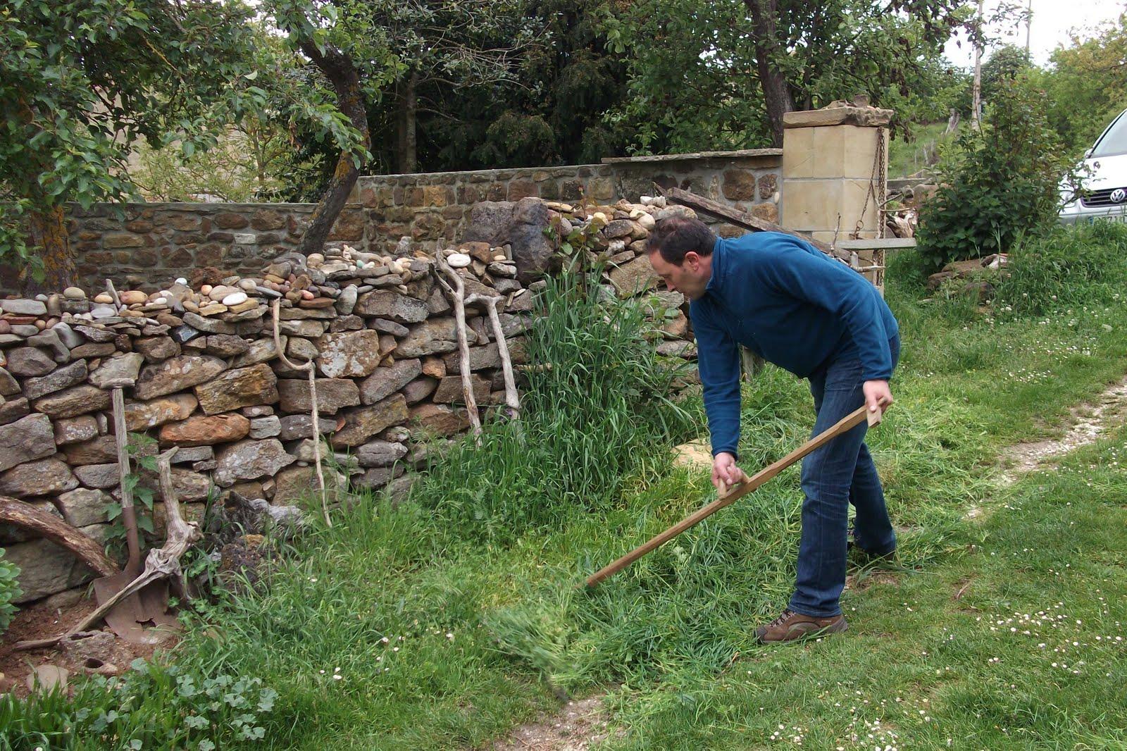 Rueda la bota mayo 2011 - Cortar hierba alta ...