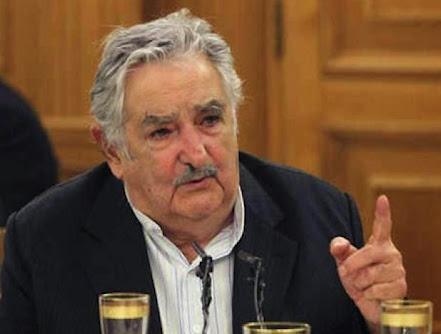 Pepe Mujica se ofreció a participar en diálogos de paz en Colombia