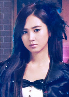 Girls Generation SNSD Paparazzi Yuri Pictures/Images