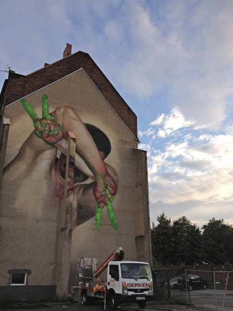 Street Art By Case On The Streets Of Dusseldorf, Germany. 4