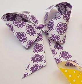 http://www.guiademanualidades.com/monos-de-papel-con-gemas-de-colores-32922.htm#more-32922