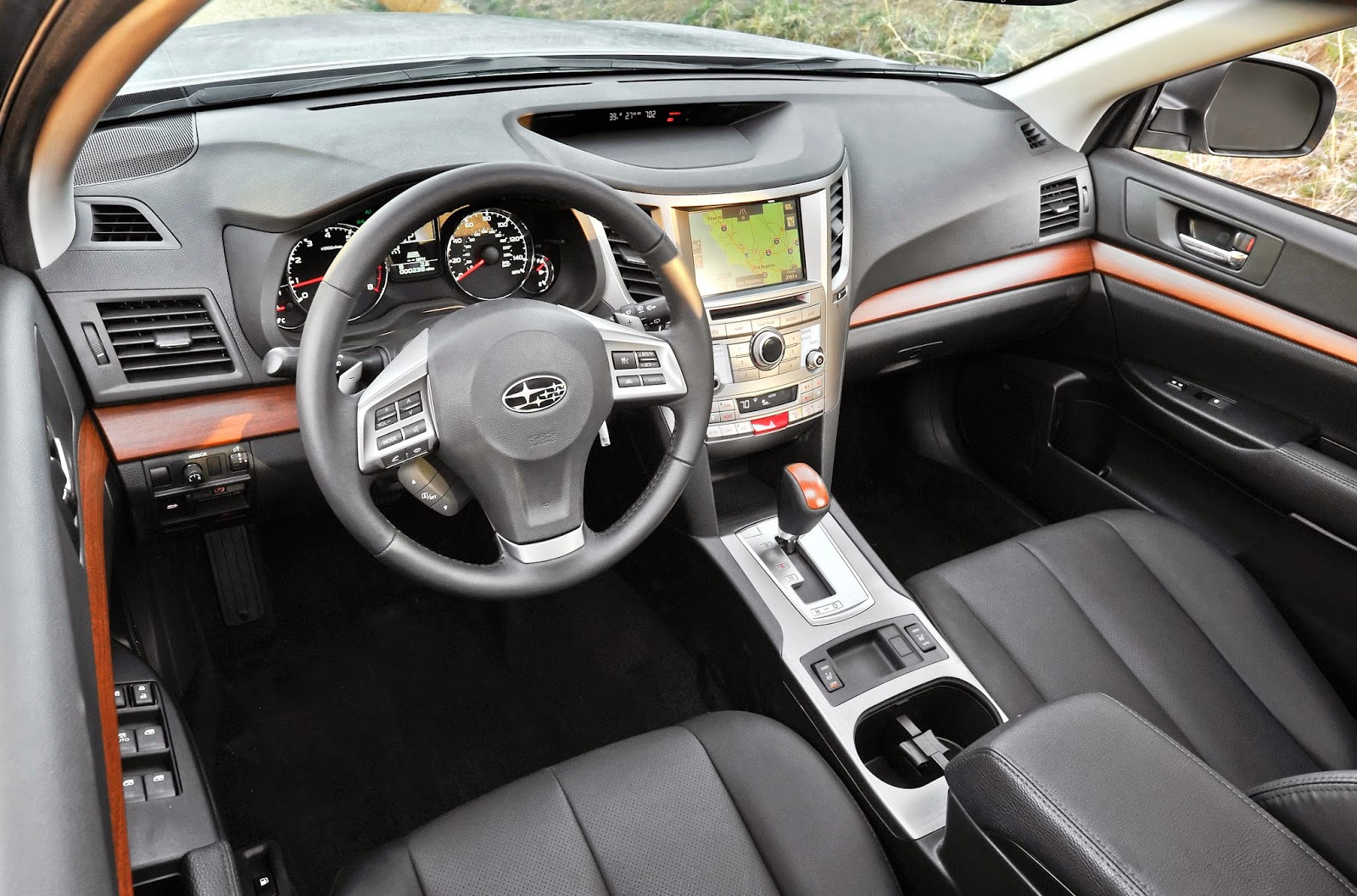 Interior view of 2014 Subaru Outback