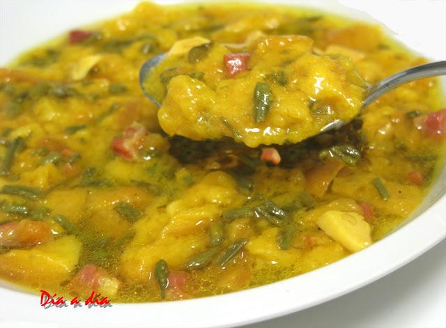 Sopa de Ajos con Espárragos Trigueros y Jamón