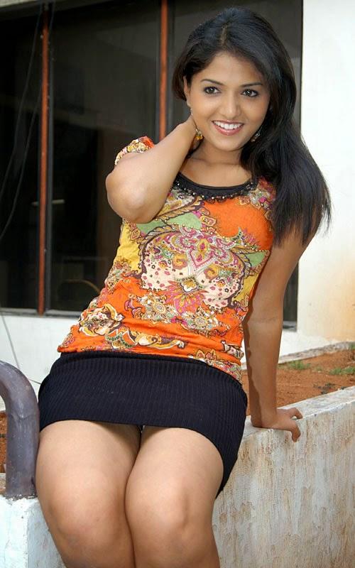 Sunaina legs hot